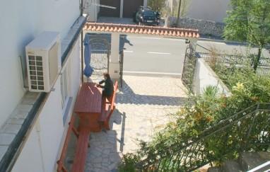 Apartmani Andea Debelić