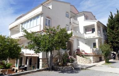 Apartmani Pansion Rivijera A3 Ruža i Sanjin