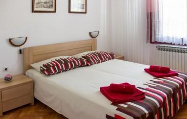 Apartmani Ružmarin