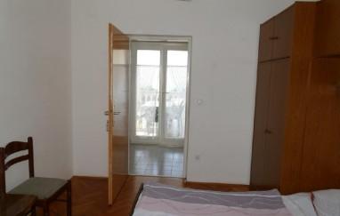 Apartmani i sobe Karlo