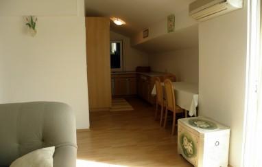 Apartment Nada White