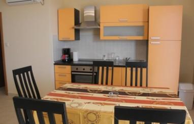 Apartman Karmen
