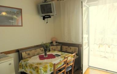 Apartmani Fero (Kaštelan Marica)